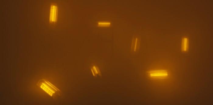 ©Damir Očko, We saw nothing but the uniform blue of the Sky, 2012, vidéo (n&b et couleur, sonore), 12 min. Avec l'aimable permission de l'artiste et de la galerie Tiziana Di Caro Gallery, Naples. Crédits : Galerie Dazibao