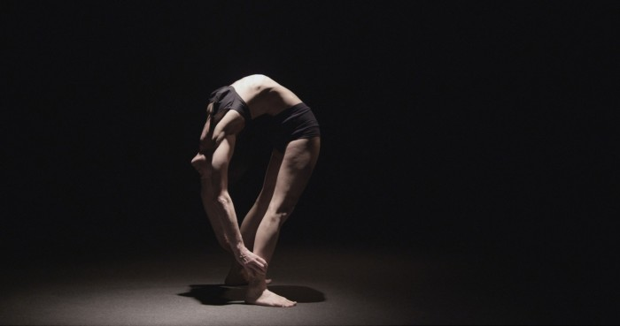©Damir Očko, SPRING, 2012, vidéo (couleur, sonore), 19 min 58 s. Avec l'aimable permission de l'artiste et de la galerie Tiziana Di Caro Gallery, Naples. Crédits : Galerie Dazibao