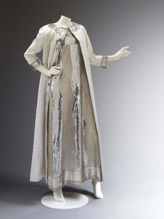 T.400A-1974 Evening dress and coat Evening dress of embroidered net and matelasse coat, designed by Mila Schön, Milan, 1966. Mila Schön Milan (city) 1966 Beaded and sequinned net, silk matelasse brocade